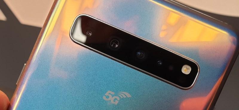 Felért a csúcsra a Samsung 5G-s mobilja, osztoznak a dobogón a Huawei P30 Próval