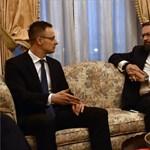 Körözik Trump egykori magyar tanácsadóját, de Szijjártó így is találkozott vele