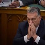 Amerikából fenyegetik az Orbán-kormányt, megszüntethetik a vízummentességet