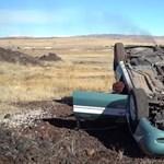 Mennyi ideig bírja egy autó motorja fejjel lefelé? - videó