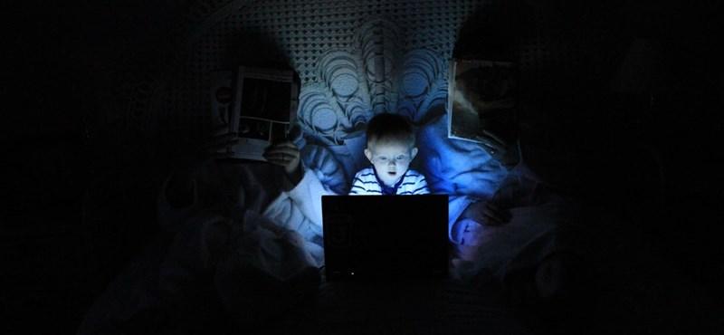 Hogyan segíthetjük szülőként a gyerekek tudatos internetezését?