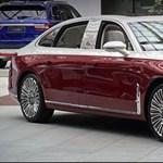 A kínai luxusautók csúcsa az 5,6 méteres Hongqi H9+