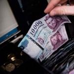 Így kaphattok 25-75 ezer forintos ösztöndíjat: még egy hétig pályázhattok