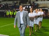 Weekly: Orsolya Karafiáth wonders if she will marry Gas