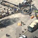 Járókelők közé hajtott egy kisteherautó Torontóban
