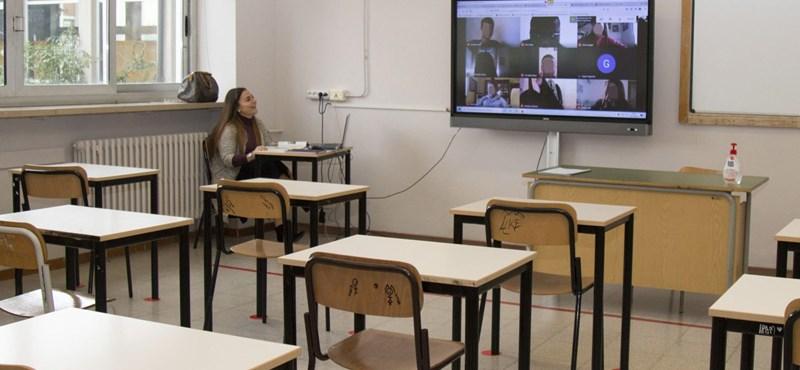 Civil Közoktatási Platform: haladéktalanul oltsák be az oktatásban dolgozókat