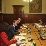 A Velencei Bizottság idejön a problémás törvények miatt