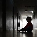 Egy év házi őrizetre ítélték az ausztrál érseket, amiért eltussolta a gyerekmolesztálásokat