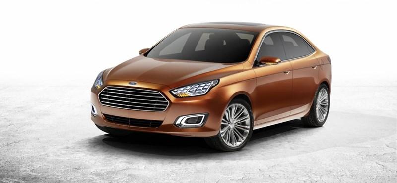 Kínának szánják, pedig nálunk is jó lenne az új Ford Escort