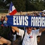 Fizetős lett a kegyhely, háborognak az Elvis-rajongók