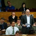Jobbik: a kormány másfél éves késésben van