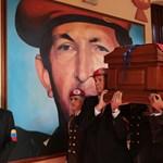 Burzsoá zsidó vagy hazafias forradalmár lesz Chávez utódja?