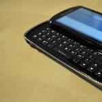 SE Xperia Pro: szórakoztató üzleti mobil