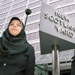 Tiltható a vallási jelképek viselése a munkahelyen – a hidzsábé is