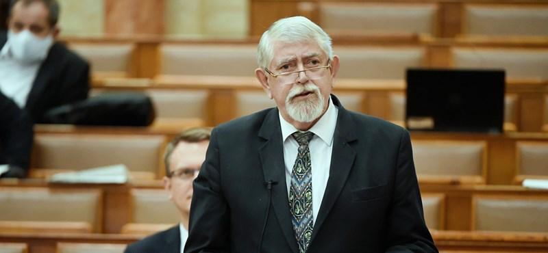 Kásler Miklós szerint a kormányon nincs támadási felület