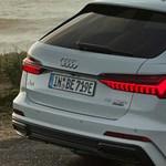 Magyarországon a zöld rendszámos Audi A6 kombi