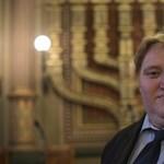 Zavaros előélete miatt hívnák vissza a Budapesti Zsidó Hitközség vezetőjét