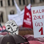 """""""Orbán akkor karót kapott, hogy be se fér a hátizsákjába"""" - tüntettek a pedagógusok"""