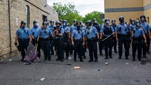 Feloszlatja a rendőrséget a minneapolisi önkormányzat