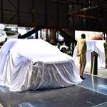 Már megmenthetnék a világot, de inkább visszatartják új modelljeiket az autógyárak