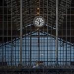 Hibás váltó okoz zavart és késéseket a Nyugati pályaudvarnál