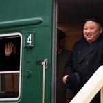 Észak-Korea megint rakétákat lőtt ki a Japán-tenger felé
