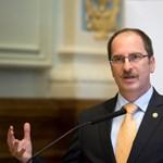 Az NVB elnöke: nem kötelező érvényű az ellenzéket kiborító visszaléptetési jogértelmezés