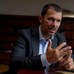 Giró-Száz elárulta, miért tárgyalóasztal a tárgyalóasztal