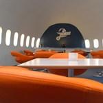 A világ első 'repülő szállodája' - szárnyaló videók