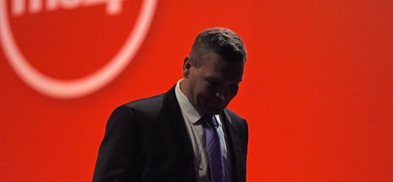 Fidesz-közeli elemző: a baloldal nem az ország ügyeivel foglalkozik