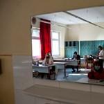 Tudtátok? Ma a magyar mellett további tíz nyelven érettségiznek matekból a diákok
