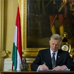 Brüsszeli ultimátum: péntekig magyarázkodhat a kormány az alkotmány miatt