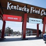 A KFC új étterme már csak autósokat szolgál ki