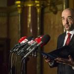 Menekültkonzultáció: a kormány már a neten is vár válaszokat, csak jöjjenek