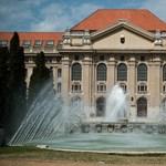 Törlik a kritikus kommenteket a Debreceni Egyetem Facebook-oldaláról?
