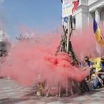 Az ukrán nyelvű oktatásért tüntetnek Ukrajnában - képek a helyszínről