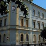 Hibrid oktatásra készül a Pannon Egyetem is