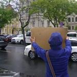 Tudta, hogy ellentüntetők is voltak Győrben? Igyekeztek, hogy ne tudja senki