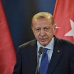 Folytatja a tisztogatást Erdogan