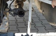 Egy lopott biciklin csúsztak el a katalizátor-tolvajok