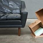 Rejtélyes, padlóból kinövő könyvespolcok