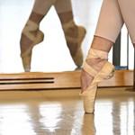 Ha kell, büntetőeljárást kezdeményez a Táncművészeti rektora a balettnövendékeket ért zaklatások miatt