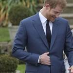 Saját tervezésű gyűrűvel kérte meg kedvese kezét Harry herceg