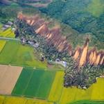 Több mint egymillió embert telepítenek ki Japánban a földcsuszamlás veszélye miatt