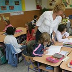 Több mint száz trükköző tanár bukott le - egyre nagyobb a botrány