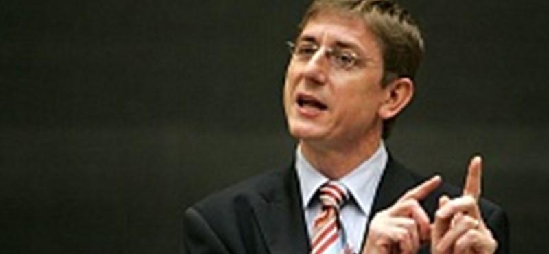 Elstartolt Gyurcsány politikusképzője
