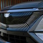 Itt az első elektromos Cadillac, a mellbevágó külsejű Lyriq divatterepjáró