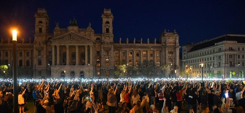 """""""Ha a Fidesznek van becsülete, új választást ír ki"""" - percről percre"""