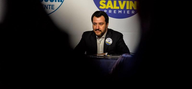 Belekezdett a nagy játszmájába Salvini