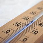 Négyen meghaltak, több mint kétezren kórházba kerültek a hőség miatt Japánban